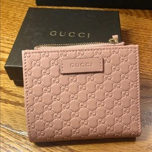 Gucci LEATHER COMPACT WALLET coin zipper pink new